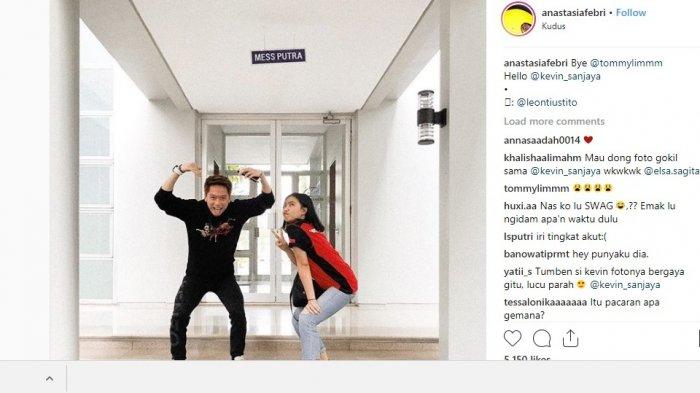 Berpose Sign Love Bersama Kevin Sanjaya, Akun Instagram Wanita Ini Diserbu Nitizen