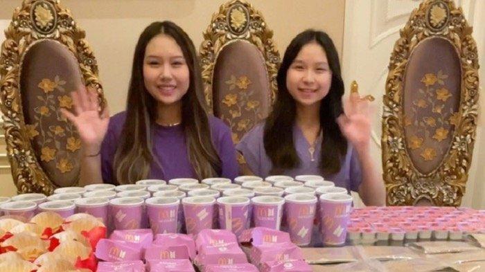Sisca Kohl dan Aliyyah Kohl Borong BTS Meal