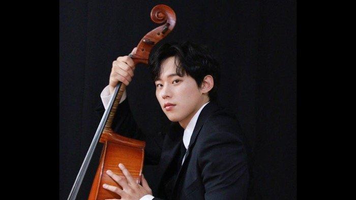 Mengenal Aktor Kim Sung Cheol Sosok Hwang Min Seong Pasangan Song Joong Ki di Drakor Vincenzo