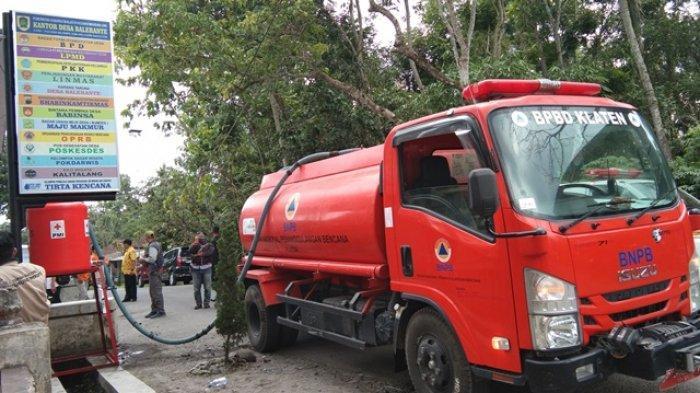 BPBD Klaten Salurkan 108 Tangki Air Bersih di Tiga Desa yang Mulai Dilanda Kekeringan