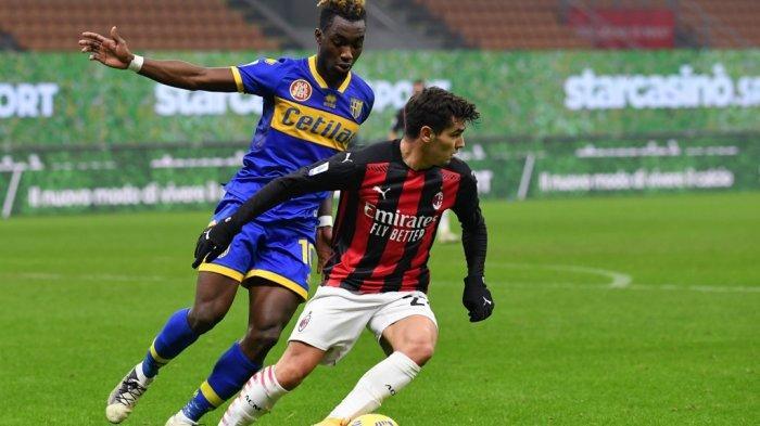 Brahim Diaz dan Yann Karamoh di Liga Italia Serie A Italia AC Milan vs Parma pada 13 Desember 2020 di stadion San Siro di Milan.