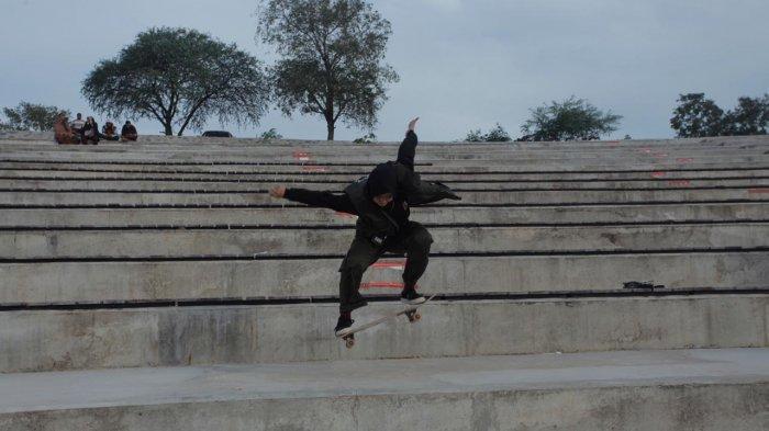 Berawal dari Nyinyiran Netizen, Skater Perempuan Bunga Dwi Nawang Wulan Tunjukan Kelihaiannya