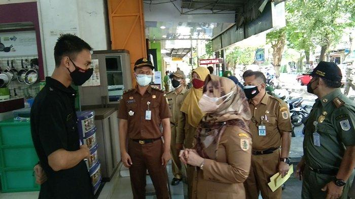 Sri Mulyani Tegur Pengelola Toko yang Tak Tutup Selama PPKM Darurat
