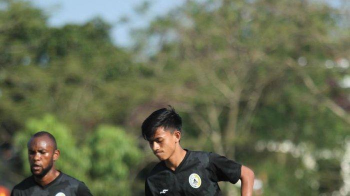 Curhatan Burhan Ikmaludin, Talenta Asli Sleman yang Tak Masuk Skuad PSS Sleman 2021