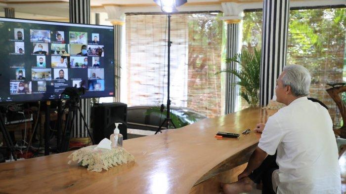Cara Unik Gubernur Ganjar Pranowo Peringati Hari Buruh, Ajak Guyon Para Pekerja via Zoom