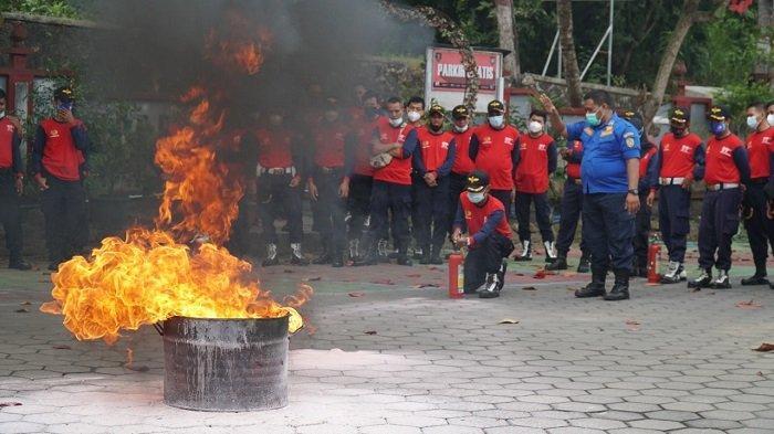 Cegah Kebakaran, Rutan Bantul Gandeng BPBD Gelar Pelatihan Pemadaman Api