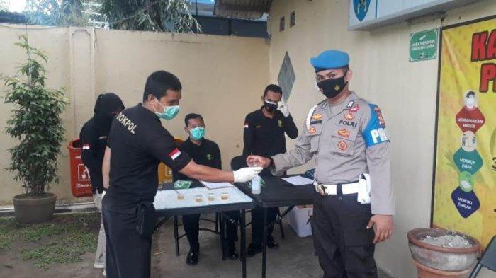 Cegah Penyalahgunaan Narkoba, Puluhan Anggota Polisi di Polda DIY Jalani Pemeriksaan Urine