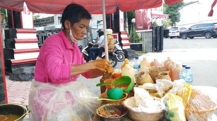 Cerita Mah Jah Penjual Jamu Jawa di Kota Magelang, Bermula dari Jamu Gendong