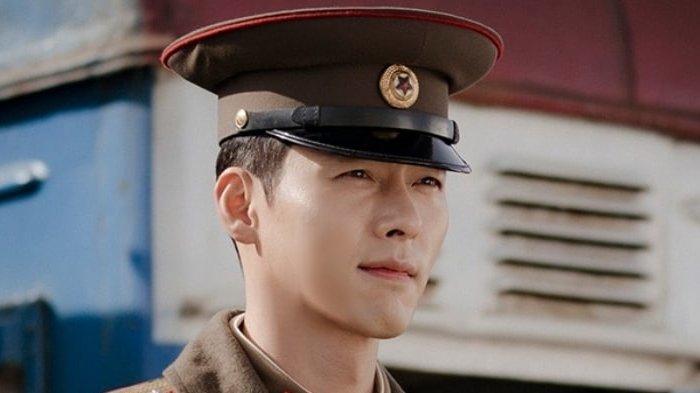 Hyun Bin kembali ke layar kaca dengan memerankan karakter tentara Korea Utara