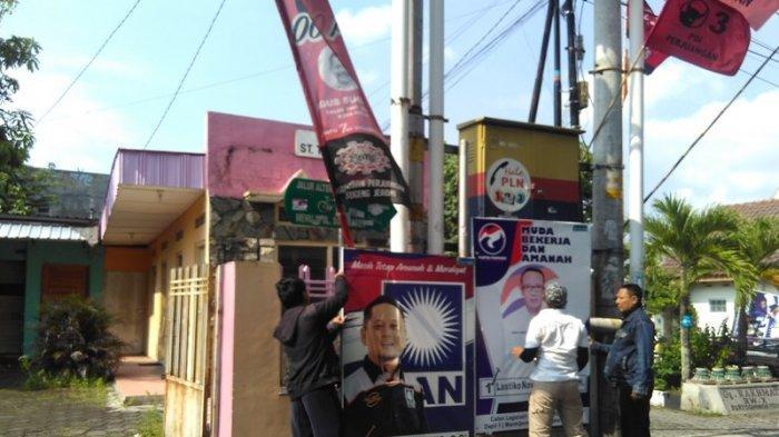 Dalam Dua Hari, Ratusan APK Ditertibkan di Kecamatan Mantrijeron