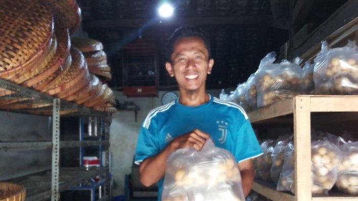 Danang Dulu Karyawan, Kini Sediakan Lapangan Pekerjaan dari Berjualan Tahu Bulat di Kota Magelang