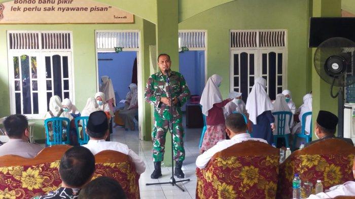 Serbuan Vaksinasi Kodim 0805 Ngawi Menyasar Santri Ponpes Modern Darussalam Gontor Putri