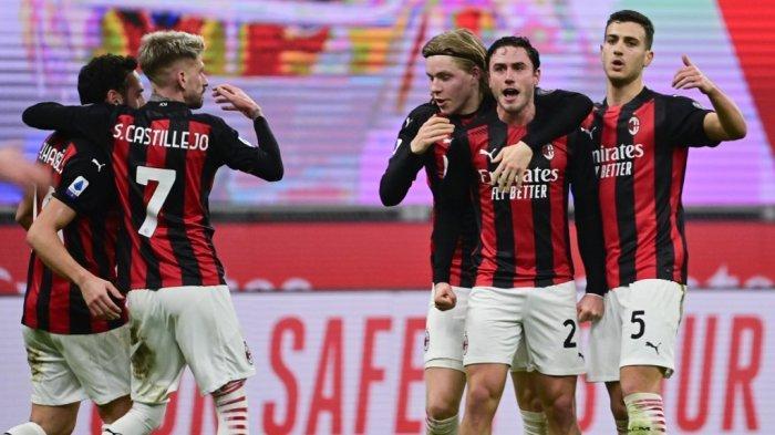 Davide Calabria merayakan gol penyeimbang di Serie A Italia AC Milan vs Juventus pada 6 Januari 2021 di stadion San Siro di Milan.