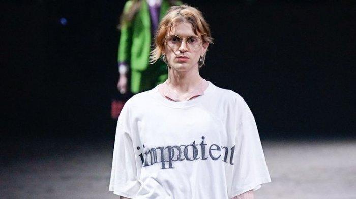 Makna Tersembunyi di Balik Desain Kaus Gucci Bertuliskan 'Impotent'