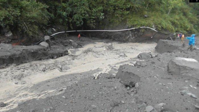 Detik-detik Banjir Lahar Hujan Merapi Terjang Hulu Kali Boyong