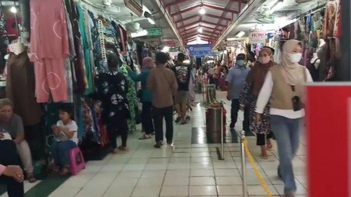 Lonjakan Pengunjung Pasar Beringharjo, Dinas Perdagangan Kesulitan Menerapkan Jaga Jarak