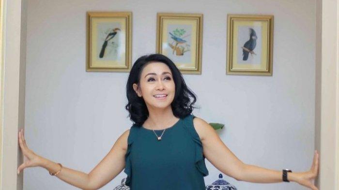Kisah Perjalanan Karir Pemeran Mama Rendi di Sinetron Ikatan Cinta, Miliki Latar Belakang Politisi