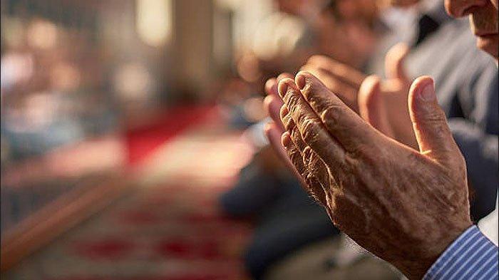 Doa di Bulan Rajab Tulisan Arab Disertai Terjemahan Bahasa Indonesianya