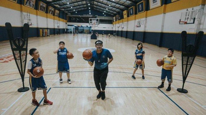 Pandemi Tak Jadi Halangan, DBL Academy Jogja Terapkan Kebijakan Satu Anak Satu Bola