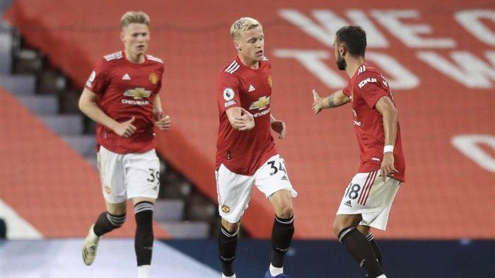 Berita MU Hari Ini: Manchester United Incar 2 Gelandang Lagi, Van de Beek Lobi Juventus