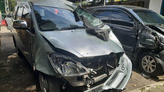 BREAKING NEWS : Mobil Kijang Inova Tabrak 4 Kendaraan di Tegalrejo Yogyakarta, Ini Kesaksian Korban