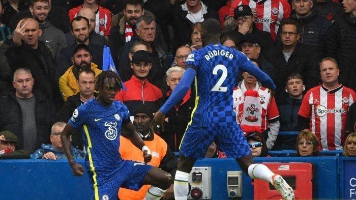 Duo Bek Chelsea Dikaitkan dengan Bayern Munich dan Inter Milan