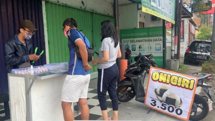 Sempat VIRAL dan Kebanjiran Pembeli, Ini Cerita Pembuat Onigiri Rasa Lokal di Jalan Kaliurang Sleman