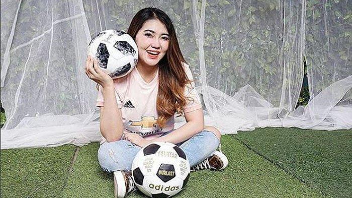 ekspresi-via-vallen-lihat-program-mata-najwa-bahas-isu-mafia-sepakbola.jpg