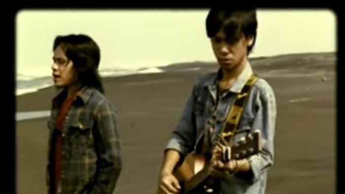 Lirik Lagu OST Gie Eross Featuring Okta, tak pernah berhenti berjuang pecahkan teka teki malam