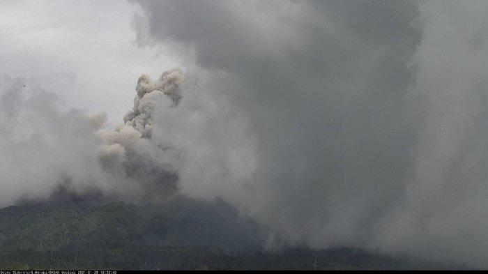 Satu Keluarga Pengungsi Gunung Merapi di Plosokerep Umbulharjo Sleman Hari Ini Dipulangkan