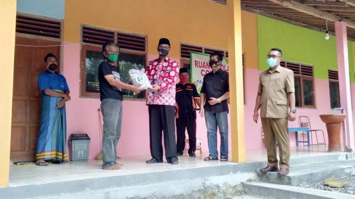 Support Pelaku Isolasi Mandiri di Kulon Progo, Fajar Gegana Bagikan Bantuan
