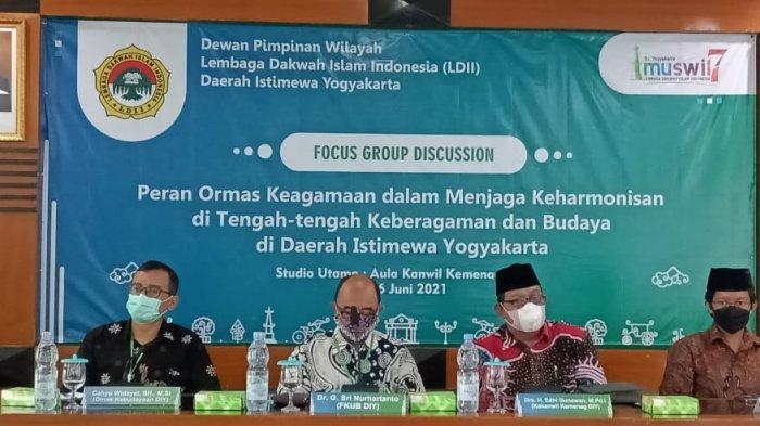 Focus Group Discussion (FGD) tentang keberagaman agama dan budaya di DIY yang digelar DPW LDII DIY