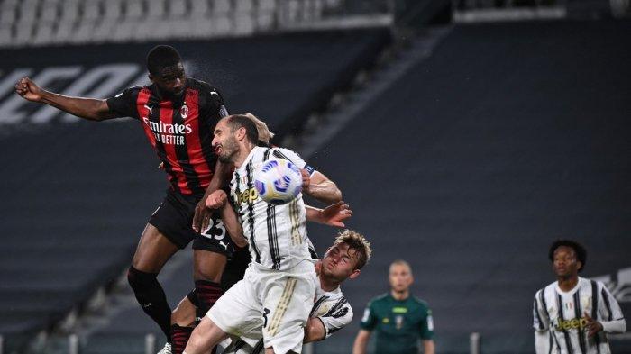 Fikayo Tomori mencetak sundulan di Liga Italia Serie A Juventus vs AC Milan pada 09 Mei 2021 di stadion Juventus di Turin.