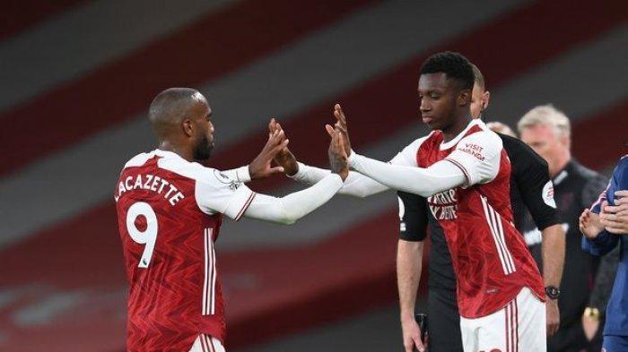 Folarin Balogun masuk menggantikan Alexandre Lacazette di laga Arsenal.