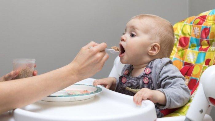 5 Hal yang Harus Diperhatikan Saat Pemberian MPASI Pertama Kali Pada Bayi