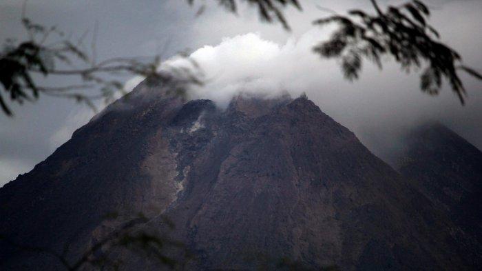 ERUPSI Gunung Merapi,BPPTKG : WaspadaKubah Lava Terus Tumbuh