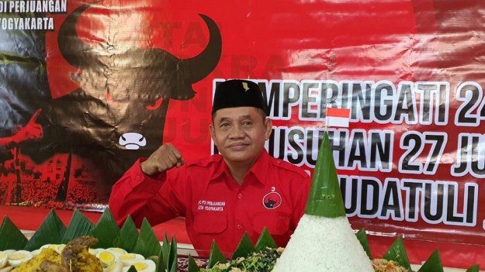 Fraksi PDI Perjuangan DPRD Kota Yogyakarta Berbagi Daging Kurban untuk Warga