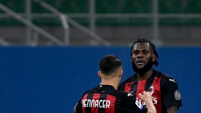 Gelandang AC Milan Franck Kessie pada ertandingan sepak bola Serie A Italia antara AC Milan dan Hellas Verona di stadion San Siro di Milan pada 8 November 2020.