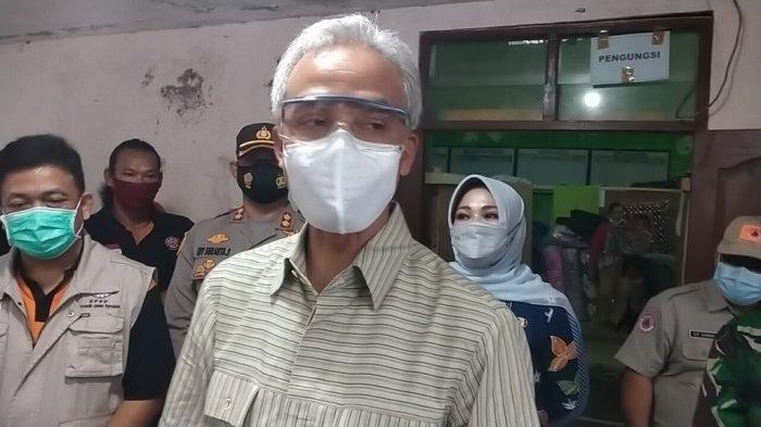 Gubernur Jateng Ganjar Pranowo Kunjungi Pengungsi Gunung Merapi di Klaten, Begini Pesannya