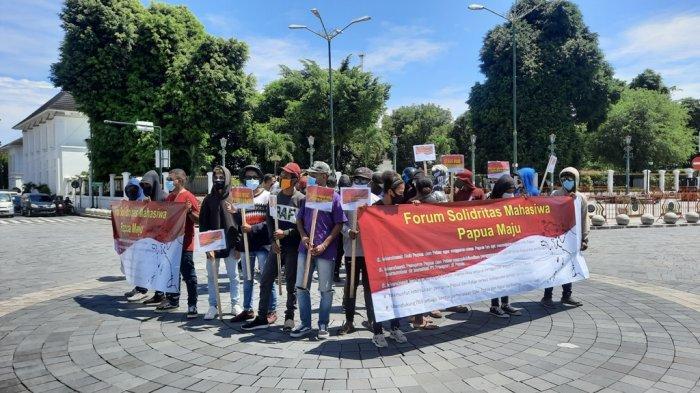 Forum Solidaritas Mahasiswa Papua Maju