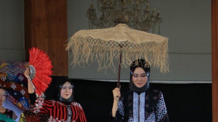Dekranasda Kulon ProgoMenggelar Karya Batik Kulon Progo di Era Pandemi Covid-19