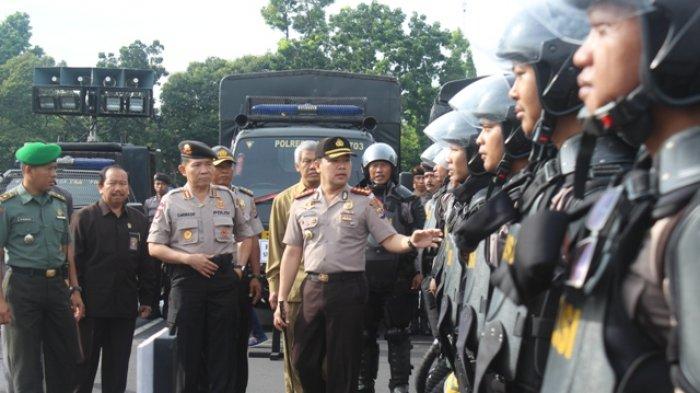 REALTIME NEWS : Polresta Yogyakarta Gelar Apel Pengamanan Pilkada 2017