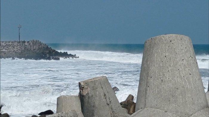 Ketinggian Gelombang Air Laut di Kulon Progo Normal Pasca Gempa Bumi di Pacitan