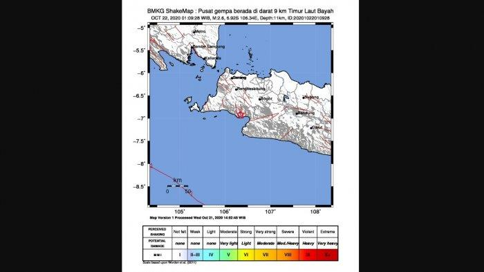 Gempa berpusat di darat 9 kilometer timur laut Bayah, Lebak, Banten pada Kamis (22/10) pukul 01:09 WIB dini hair