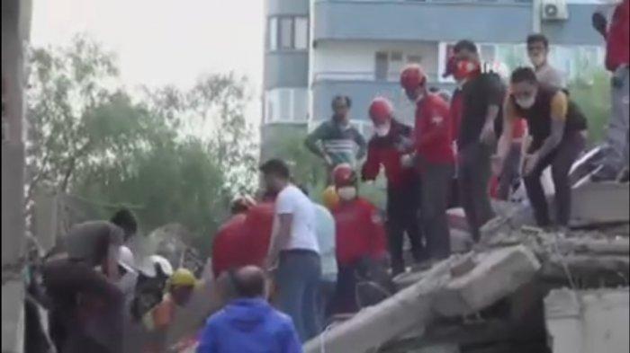 BREAKING NEWS : Gempa Hebat Mengguncang Izmir Turki. Menimbulkan Tsunami.