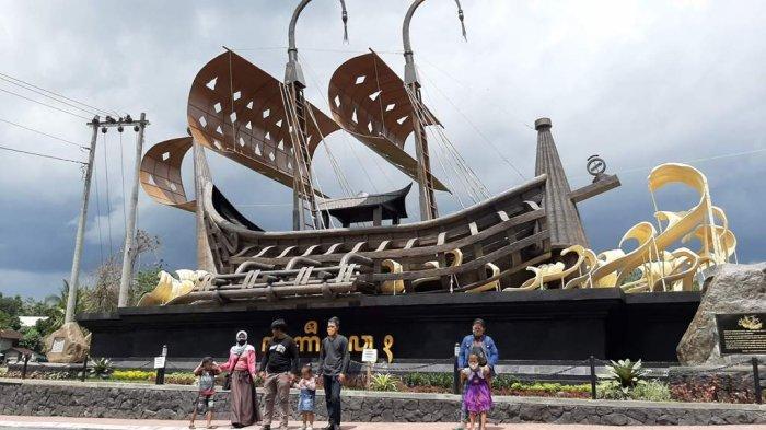 Unik, Ada Gerbang Ke Candi Borobudur Berbentuk Kapal Raksasa, Instagramable dan Cocok Untuk Fofo