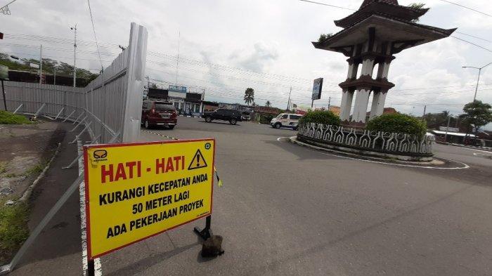 Gerbang masuk menuju Kawasan Super Prioritas Borobudur akan segera dibangun bertempat di simpang tiga Blondo, Kecamatan Mungkid, Kabupaten Magelang, Jumat (1/1/2021). Gerbang akan memilki ikon 'Kalpataru'.