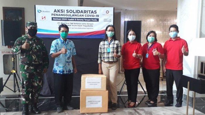 GKR Mangkubumi dan Swiss - Belboutique Yogyakarta Serahkan Bantuan pada Rumah Sakit di Yogyakarta