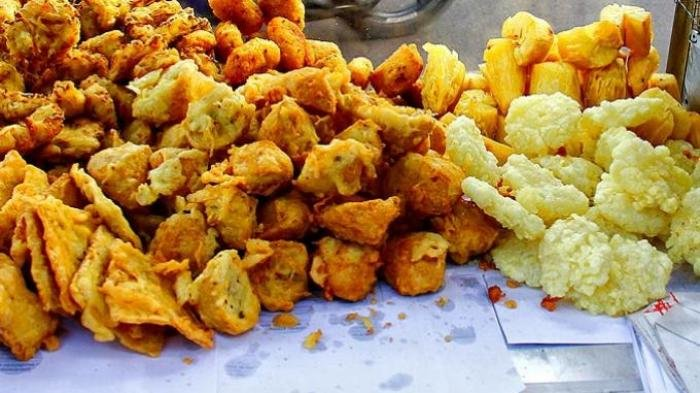 7 Makanan dan Minuman yang Sebaiknya Tidak Dikonsumsi saat Berbuka Puasa