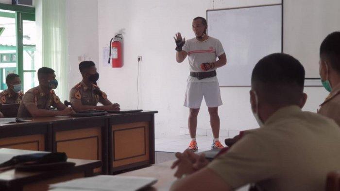 Gubernur Akmil Laksanakan Sidak ke Kelas Taruna Belajar
